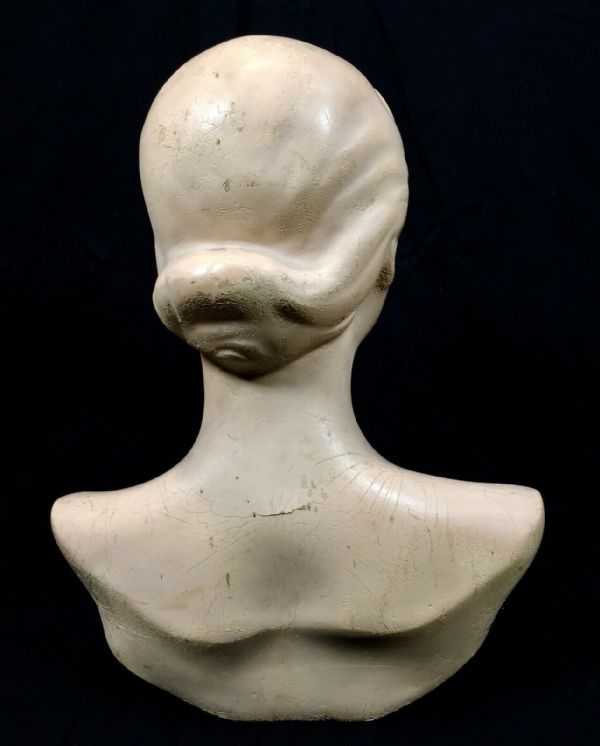 Vintage 1930's Advertising Mannequin Clothing Hat Shop Display Bust / Antique